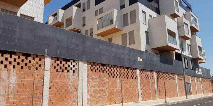 Reparación de 90 pisos con garaje y trastero en El Palmar (Murcia)