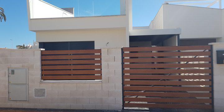 4 viviendas unifamiliares con piscina en Los Alcázares (Murcia)